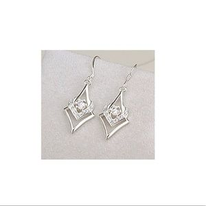 925 Sterling Silver and CZ Heart Earrings NWT